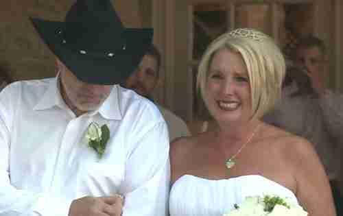 Αυτή η γυναίκα παντρεύτηκε έναν ανάπηρο άνδρα. Αλλά στο γάμο της έζησε την εμπειρία της ζωής της