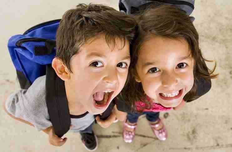 Πώς καταφέρνουν οι γονείς στη Δανία να μεγαλώνουν τα πιο ευτυχισμένα παιδιά στον πλανήτη;