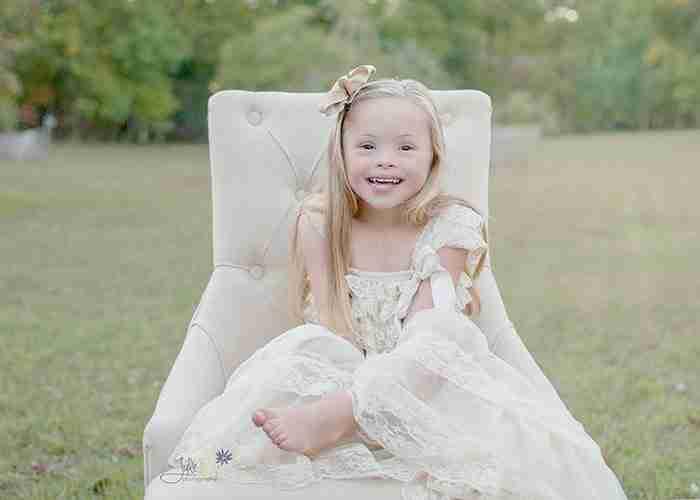 Φωτογραφίζει παιδιά με σύνδρομο Down για να καταγράψει την ομορφιά τους!