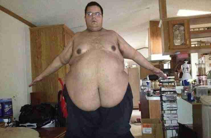 Ζύγιζε 317 κιλά! Αλλά η ζωή του άλλαξε όταν αποφάσισε να τρολάρει στο διαδίκτυο