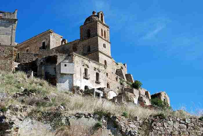 "Craco: Μια Ελληνική ""πόλη-φάντασμα"" στην.. Ιταλία!"