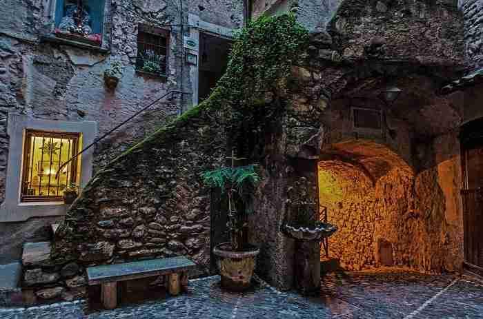 Ξεχάστε τη Ρώμη και το Μιλάνο: 3 μεσαιωνικές πόλεις σκέτο παραμύθι!