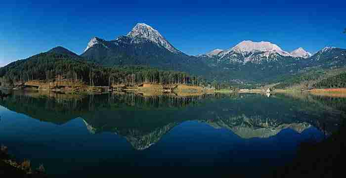 Λίμνη Δόξα: Η πιο κουκλίστικη λίμνη της επικρατείας