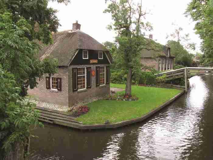 Το πανέμορφο χωριό χωρίς δρόμους που αν πάτε, δεν θα θέλετε να φύγετε!