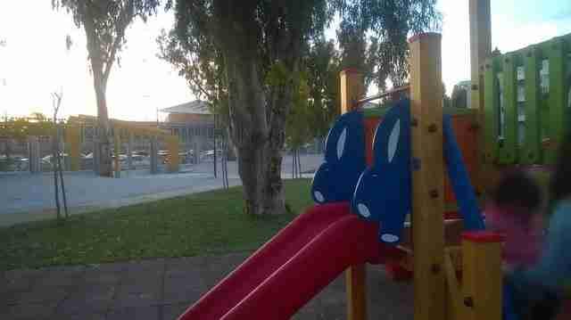 Η πρώτη παιδική χαρά για ΑμΕΑ κατασκευάστηκε στο Παλαιό Φάληρο