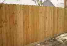 Νιώθει τόσο περήφανος για τον φράχτη που έφτιαξε για τον σκύλο! Αλλά δεν υπολόγισε κάτι..