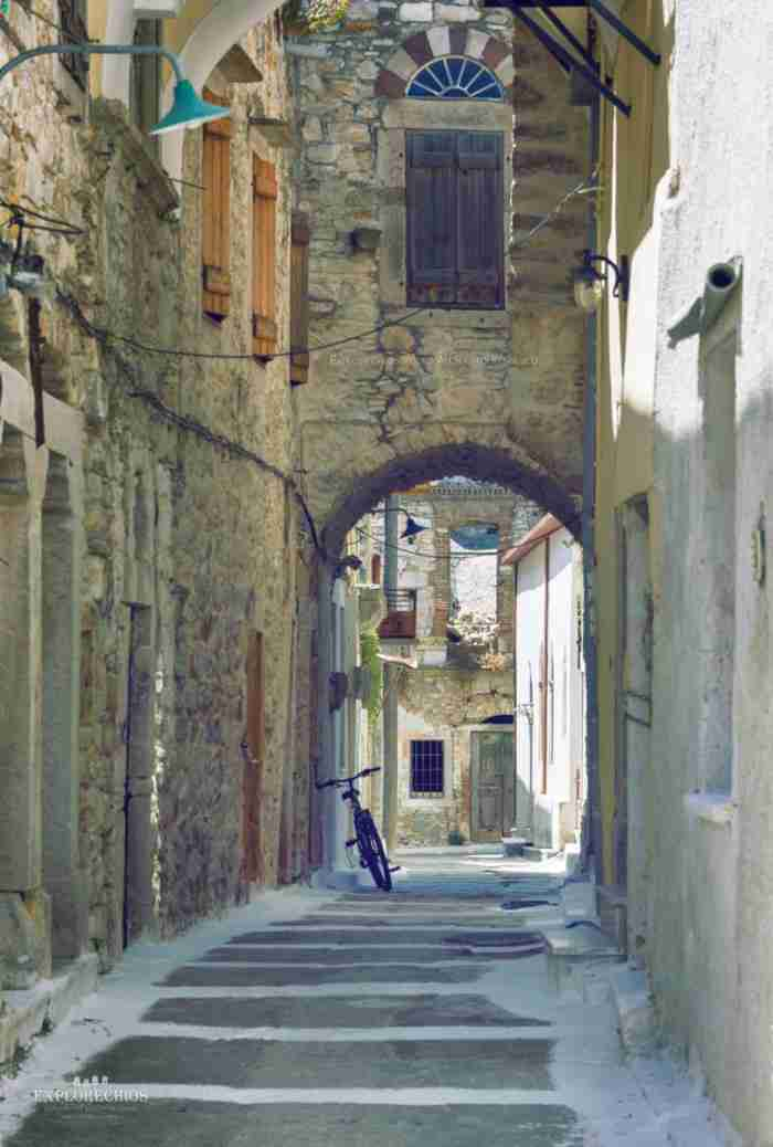 Καλαμωτή: Το υπέροχο χωριό στην Χίο που σε ταξιδεύει στον Μεσαίωνα