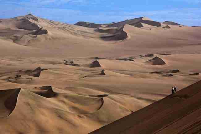 Μοιάζει με οφθαλμαπάτη αλλά.. δεν είναι. Είναι όντως ένα χωριό κρυμμένο στην έρημο!