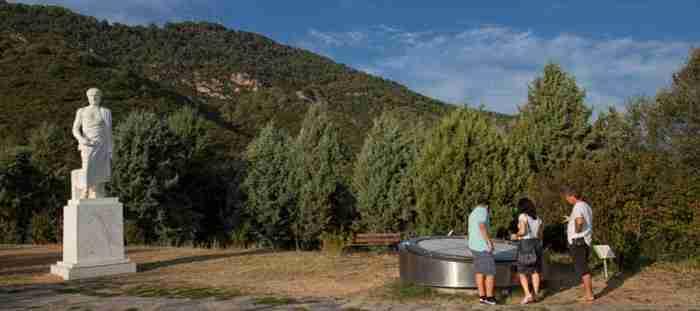 Όλοι οι νόμοι της Φυσικής του Αριστοτέλη βρίσκονται μέσα σ΄ένα θεματικό πάρκο στη Χαλκιδική