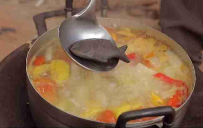 Γιατρός δημιούργησε ένα ψάρι από σίδηρο που μπορεί να σώσει ανθρώπους που πάσχουν από αναιμία.