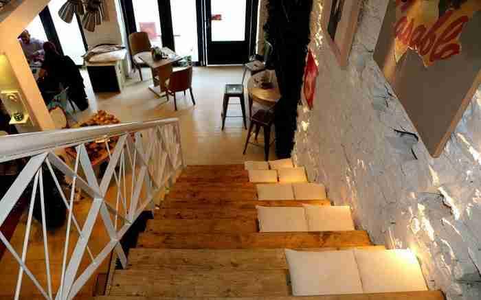 Ένα από τα ωραιότερα cafe της Ελλάδας βρίσκεται στη Θεσσαλονίκη