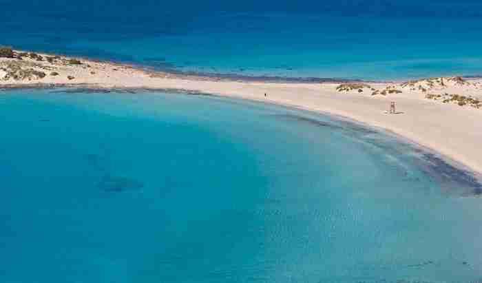 Σίμος: Η εξωτική παραλία που θυμίζει Καραϊβική!
