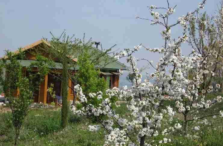Υπάρχει ένα ανεξάρτητο ενεργειακά «οικοχωριό» 50 χιλιόμετρα από τη Θεσσαλονίκη!