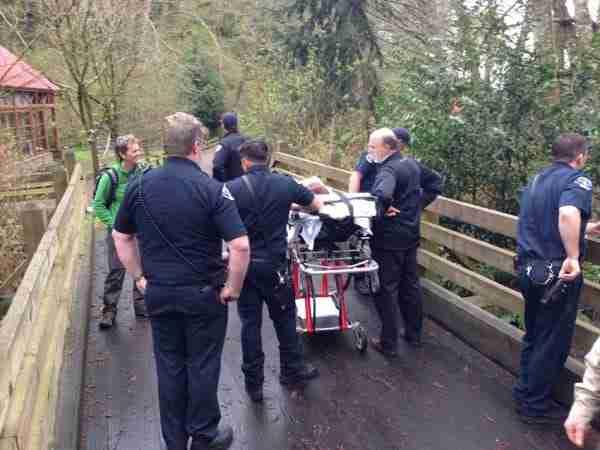 Πυροσβέστες έβγαλαν έναν ετοιμοθάνατο από το γηροκομείο για να του εκπληρώσουν την τελευταία του επιθυμία