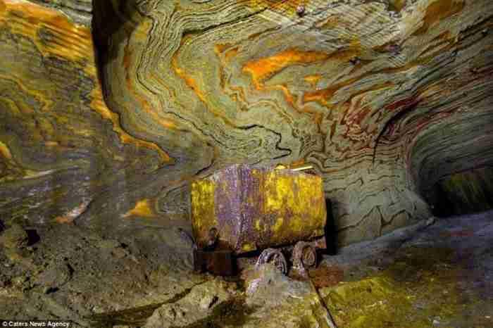 Μέσα σε ένα εγκαταλελειμμένο ορυχείο της Ρωσίας κρύβεται κάτι που δύσκολα μπορεί να το φανταστεί ο ανθρώπινος νους