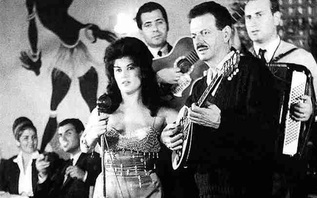 Στα καταγώγια του ρεμπέτικου: Η ιστορία του τραγουδιού που αποτέλεσε συνώνυμο του μάγκα
