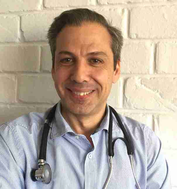 Χρήστος Σωτηρίου: Ο Έλληνας ογκολόγος που ανακάλυψε καινοτόμο τεχνική κατά του καρκίνου του μαστού