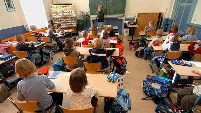 9 στα 10 γυμνάσια της Γαλλίας επέλεξαν την εκμάθηση αρχαίων ελληνικών!