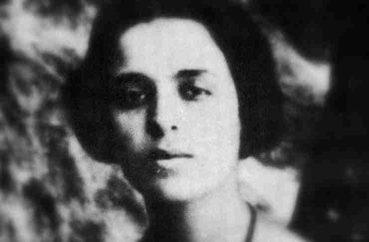 Μαρία Πολυδούρη: Να ζήσετε παράλογα, να σκοτώσετε τη λογική που ναι ο φονιάς της χαράς και της ζωής