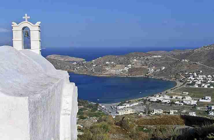 Το Ελληνικό νησί που έχει 365 εκκλησίες. Μία για κάθε μέρα του χρόνου!