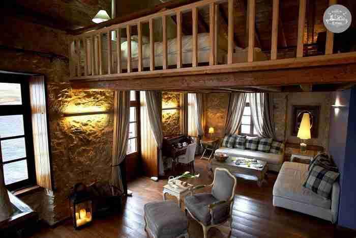 Το πιο ρομαντικό ξενοδοχείο της Ευρώπης βρίσκεται στη Μάνη!