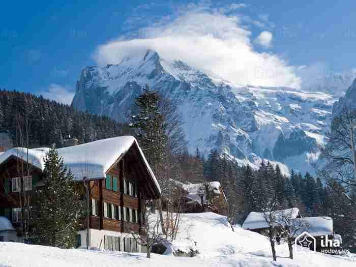 Το ωραιότερο χωριό για να γιορτάσεις τα Χριστούγεννα θυμίζει εικόνες από σελίδες παραμυθιών!