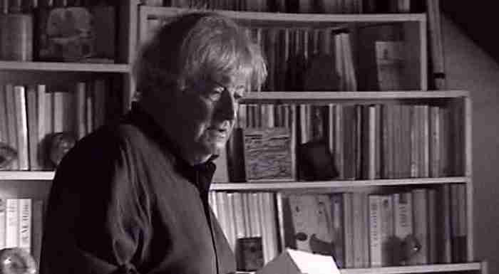 Ζακ Λακαριέρ: Ο Γάλλος συγγραφέας που ζήτησε να διασκορπιστεί η τέφρα του στα ελληνικά νερά για να μην φύγει ποτέ από τη χώρα μας