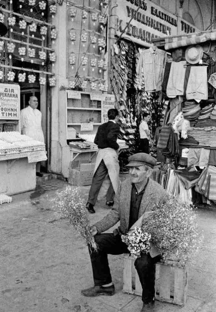 30 εξαιρετικά σπάνιες φωτογραφίες μιας Αθήνας που δεν υπάρχει πια30 εξαιρετικά σπάνιες φωτογραφίες μιας Αθήνας που δεν υπάρχει πια