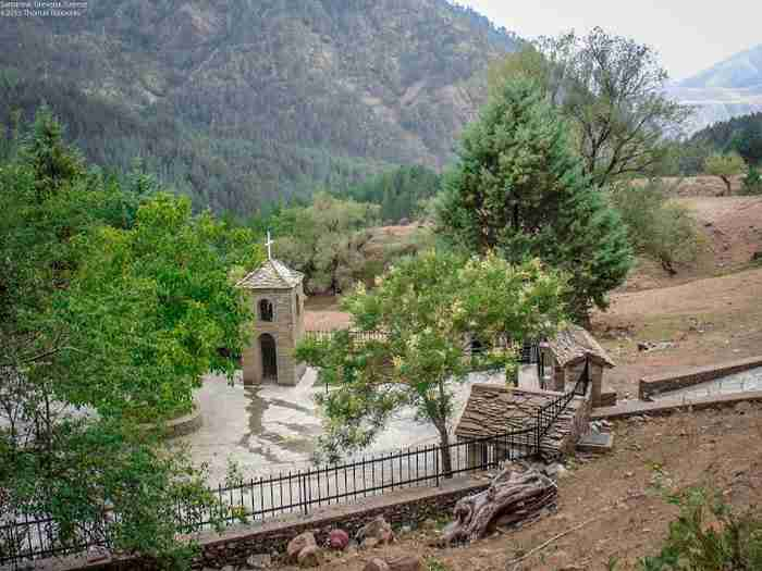 Το ψηλότερο χωριό της Ελλάδας (αλλά και των Βαλκανίων), είναι χτισμένο σε υψόμετρο 1.600 μέτρων!