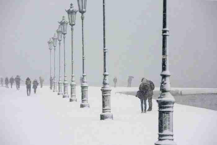 Μοναδικές εικόνες: Αθήνα και Θεσσαλονίκη στα λευκά!