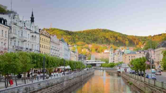 Η ωραιότερη πόλη της Τσεχίας μοιάζει βγαλμένη από τα ωραιότερα παραμύθια!