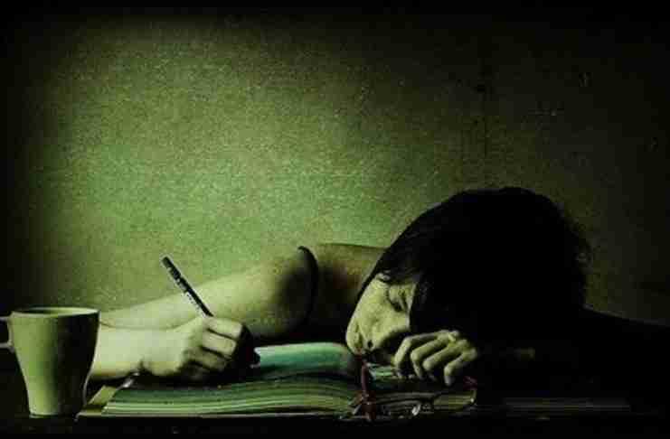 Στην Ελλάδα εκπαιδεύεσαι μόνο και μόνο για να περνάς τις εξετάσεις, όχι για να μάθεις