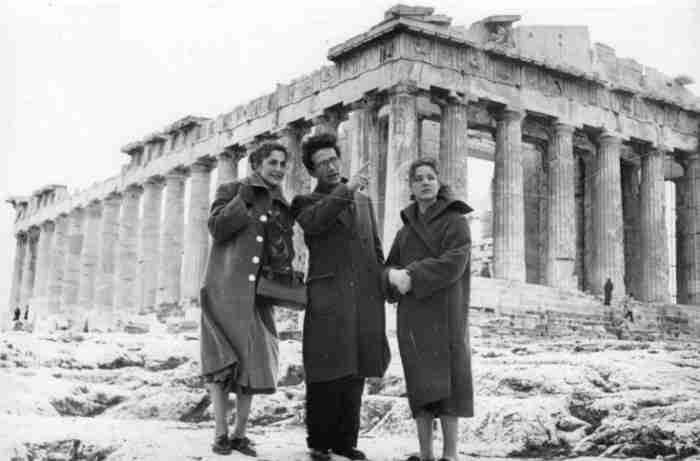 Παύλος Βρέλλης: Ο Έλληνας που έφτιαξε με τα χέρια του την ιστορία της χώρας μας σε κέρινα ομοιώματα