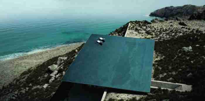 Η πολυβραβευμένη κατοικία στην Τήνο με την πιο μαγική πισίνα-καθρέφτη στον κόσμο!