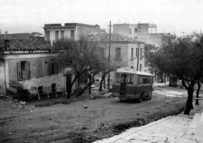Η Παλιά Αθήνα των δεκαετιών 1900 και 1910. Αριστουργηματικές φωτογραφίες μιας.. επαρχιακής πόλης 100.000 ψυχών!