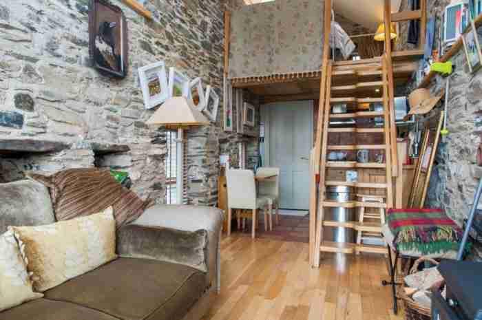 Πέτρινος αχυρώνας μεταμορφώνεται σε ένα απίστευτο σπίτι!