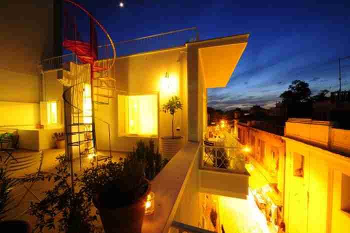 Το διαμέρισμα στο Μοναστηράκι που θα σου αποδείξει ότι δεν χρειάζεσαι πολλά χρήματα για να μεταμορφώσεις το σπίτι σου