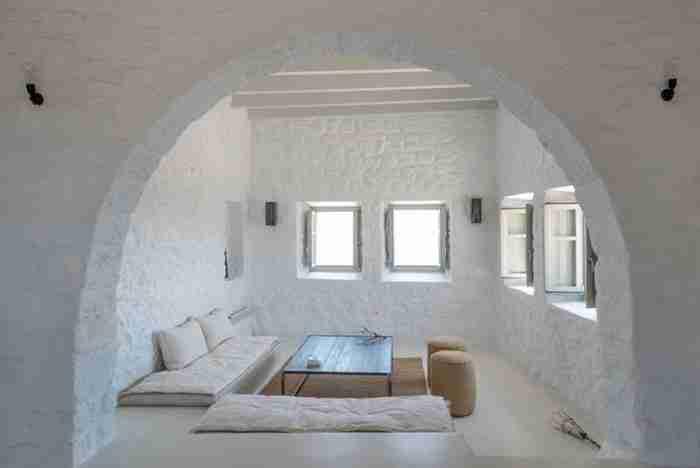 Αετοφωλιά στη Νίσυρο: Η απίστευτη μεταμόρφωση ενός αρχοντικού του 17ου αιώνα σε πολυμορφικό σπίτι
