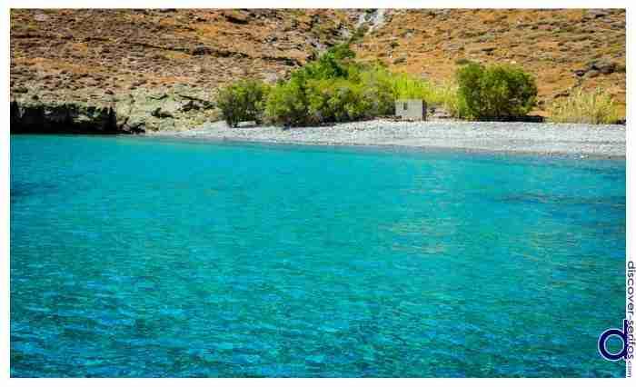 Το ελληνικό νησί που «μάγεψε» τον Guardian: «Είναι τόσο άγριο σαν ένας θησαυρός στον χάρτη»