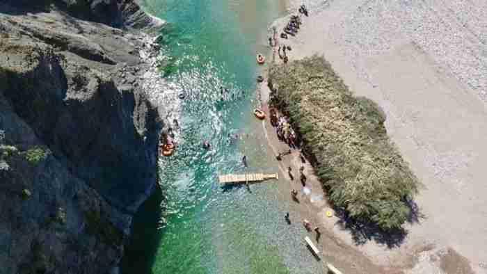 Οι κρυφές, τροπικές, παραλίες των Ελληνικών βουνών! Ψάρεμα και κολύμπι σε 700 μέτρα υψόμετρο!