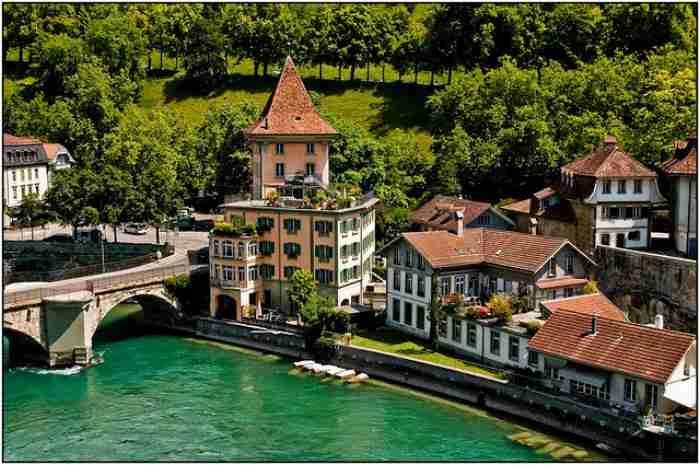 Ποια πανέμορφη ευρωπαϊκή πρωτεύουσα θυμίζει περισσότερο.. χωριό;