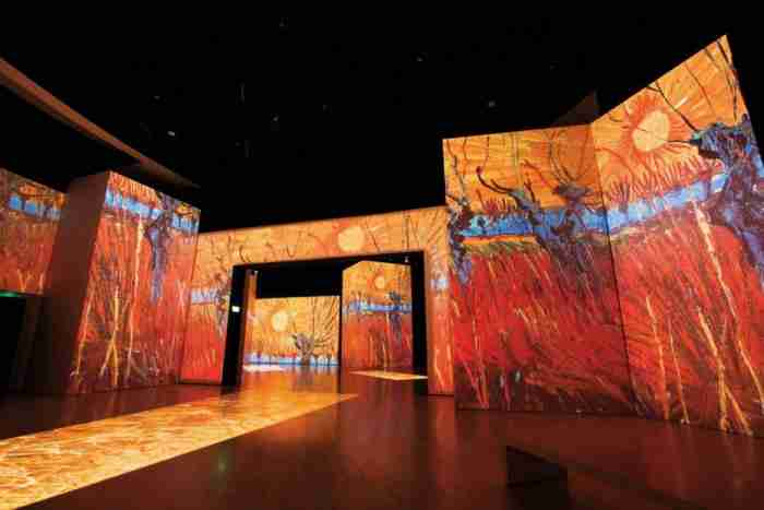Ένα πραγματικό υπερθέαμα στο Μέγαρο Μουσικής: Τα έργα του Βαν Γκόγκ όπως δεν τα έχετε ξαναδεί!