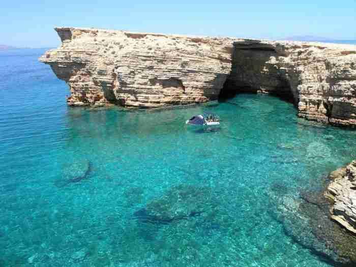 Τα δυο μικρά νησιά της Ελλάδας με τις ωραιότερες παραλίες της χώρας. Ο Παράδεισος δεν βρίσκεται μακρυά..