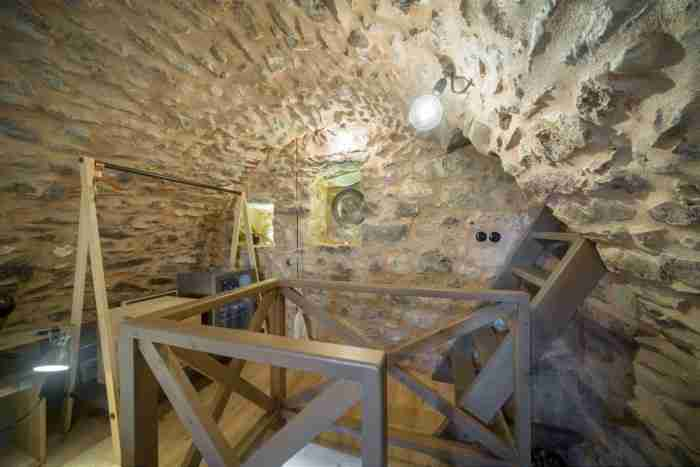 Πως ένας ερειπωμένος πύργος του 19ου αιώνα στη Μάνη μεταμορφώθηκε σε πολυβραβευμένο παραδοσιακό ξενώνα