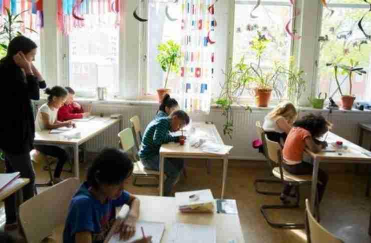 """Σε σχολείο της Σουηδίας διδάσκουν τις """"16 Συνήθειες του Μυαλού"""""""