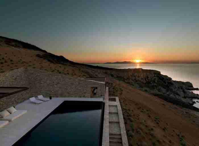 Το πιο μαγικό σπίτι της Ελλάδας βρίσκεται στην Αντίπαρο
