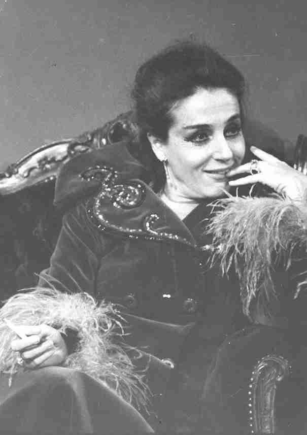 Ελλη Λαμπέτη: Η θυελλώδης ζωή του ομορφότερου ψευδίσματος του ελληνικού θεάτρου