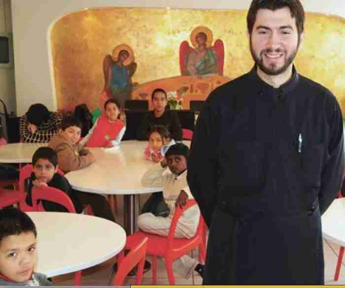 Μεγαλοβιομήχανος δίνει το σπίτι του σε 100 παιδιά της Κιβωτού