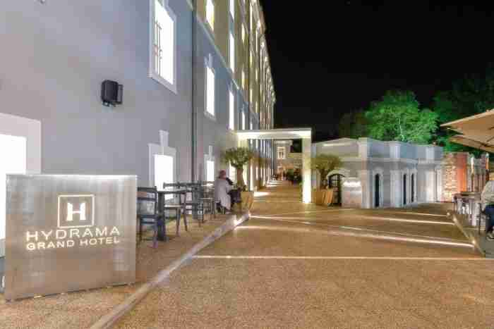Μετέτρεψαν διατηρητέα καπναποθήκη σε ξενοδοχείο στη Δράμα