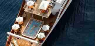 Η θαλαμηγός του Ωνάση παραμένει ο ορισμός της χλιδής. Νοικιάζεται για 470.000 ευρώ την εβδομάδα